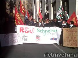 Sciopero lavoratori Schneider