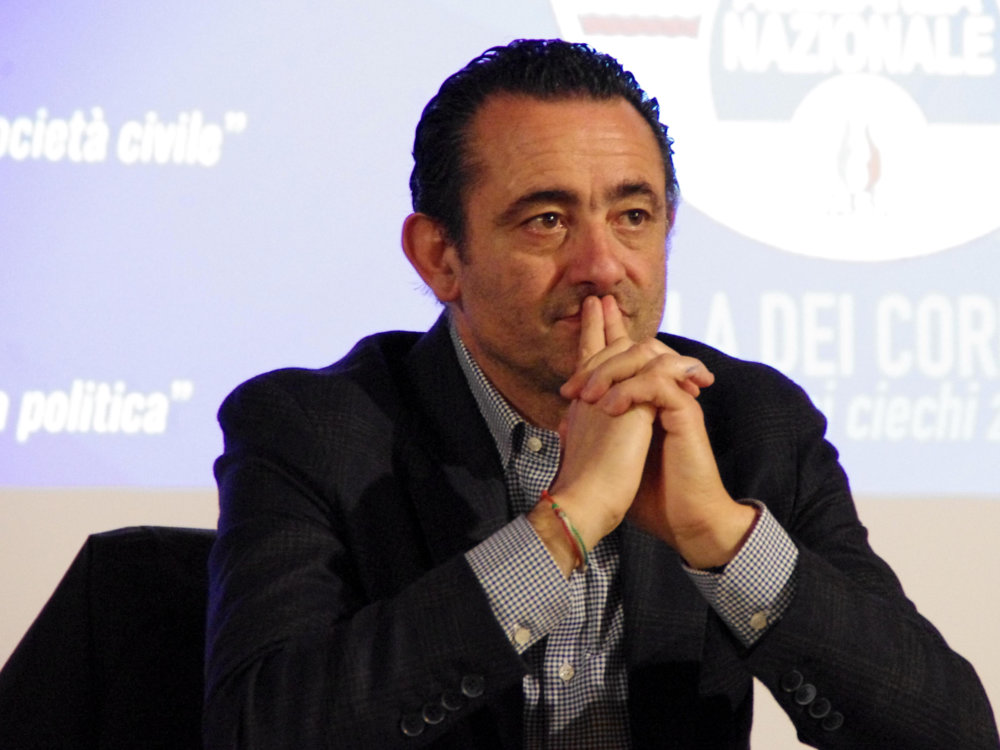 Paolo trancassini eletto alla camera dei deputati for Tv camera deputati